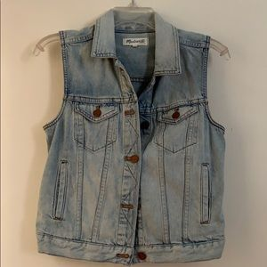 Madewell denim vest size Small